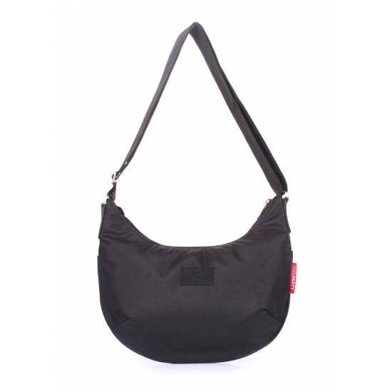 Женская сумка черного цвета с ремнем на плечо