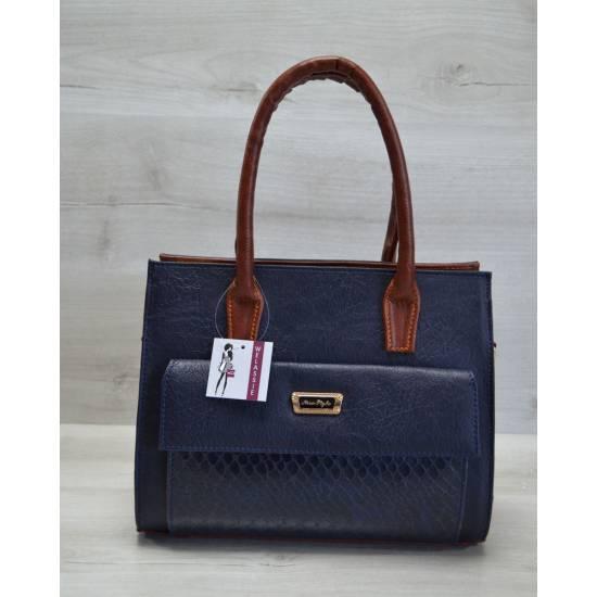 Каркасная женская сумка синего цвета с накладным карманом