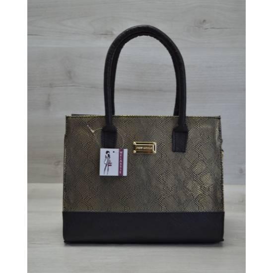 Каркасная женская сумка золотого цвета
