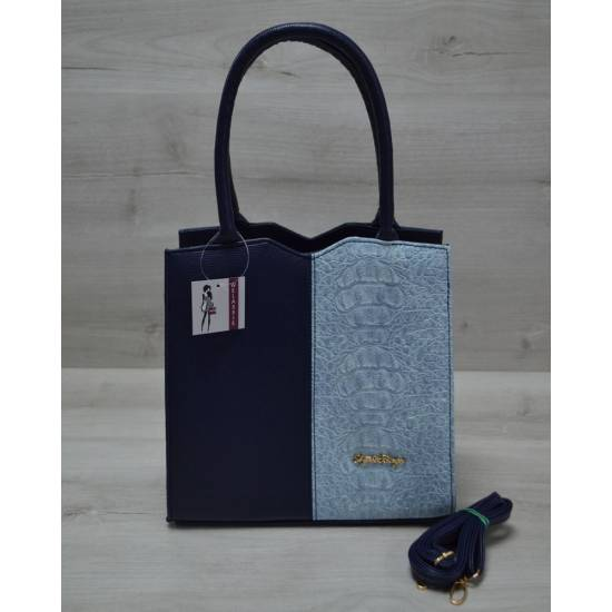 Классическая женская сумка сине-голубого цвета
