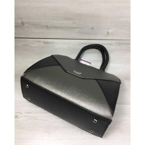 Женская сумка черного цвета со вставкой металлик