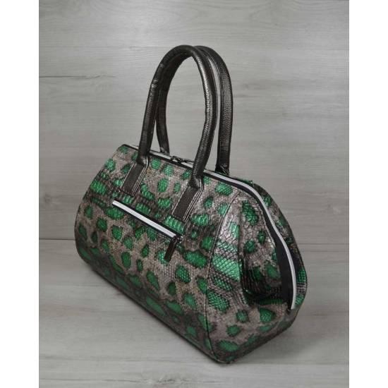 Классическая женская сумка зеленого цвета