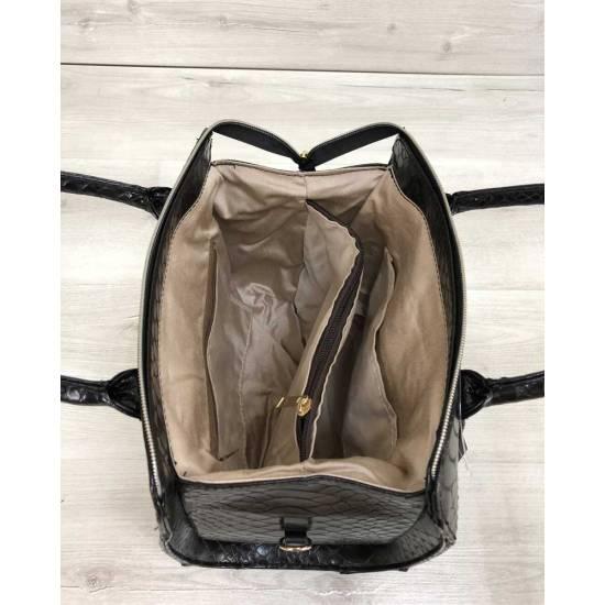 Женская сумка черного цвета со вставкой