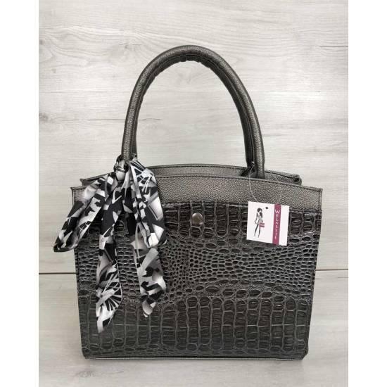Классическая женская сумка цвета металлик со вставкой серого цвета