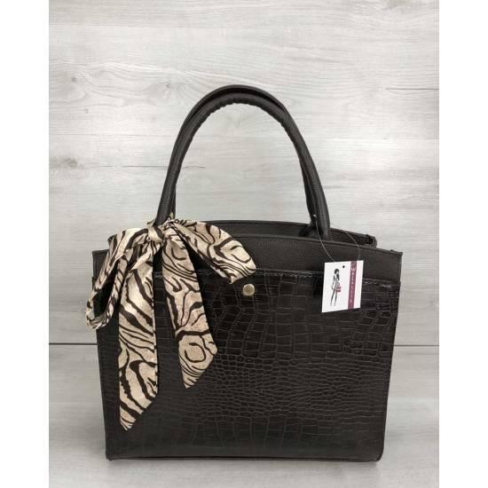 Классическая женская сумка коричневого цвета со вставкой
