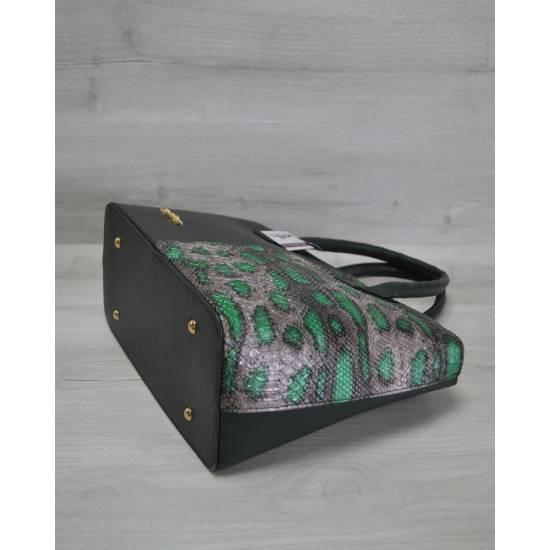 Стильная сумочка зеленого цвета с принтом