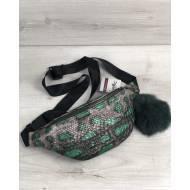 Женская сумка бананка серебряно-зеленого цвета с пушком