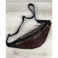 Женская сумка бананка коричневого цвета на два отделения