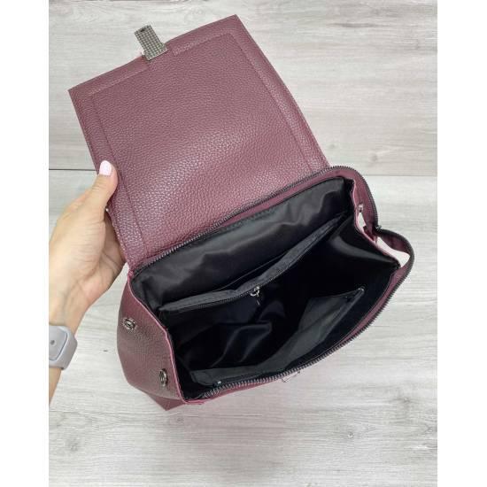 Сумка-рюкзак бордового цвета