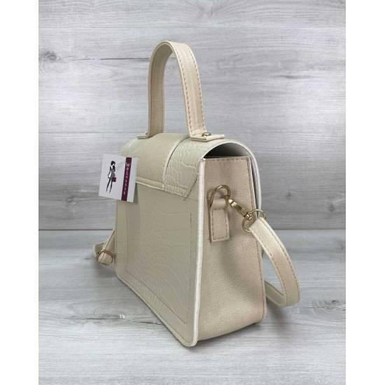 Женская сумочка из кожзама бежевого цвета