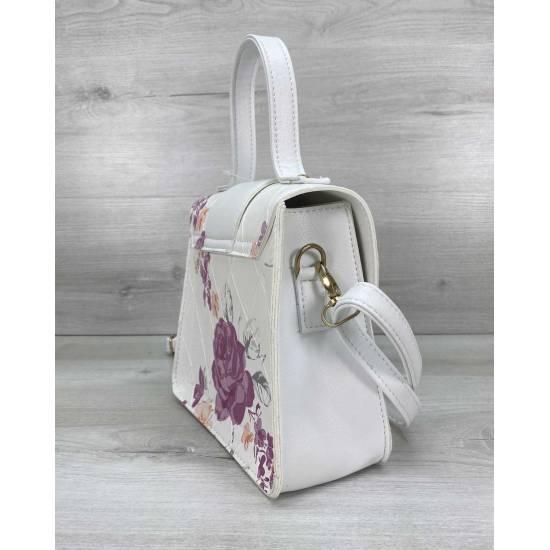 Модная сумочка белого цвета с рисунком