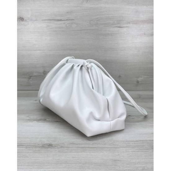 Модная женская сумка белого цвета