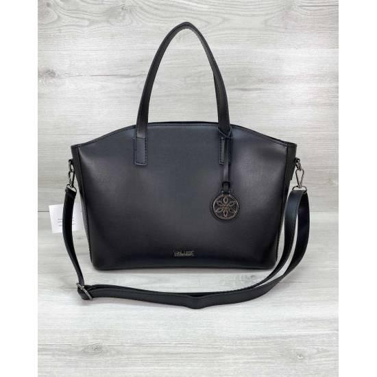 Женская сумка черного цвета