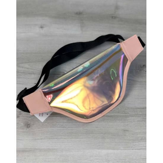 Летняя сумка бананка перламутро-пудрового цвета