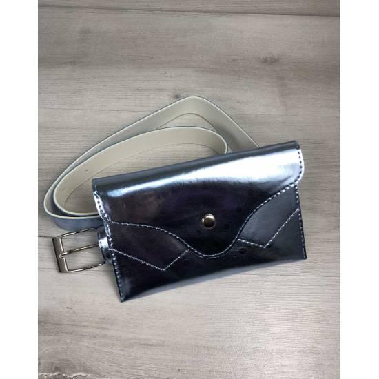 Женская сумка перламутро-голубого цвета на пояс