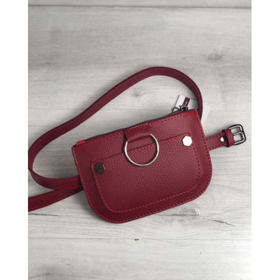 Красная сумка на пояс