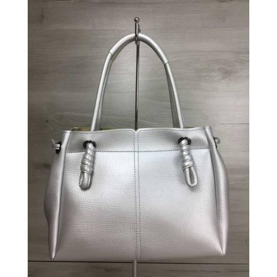 Стильная сумка-шоппер серебряного цвета