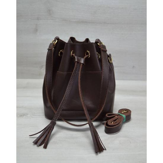 Сумочка коричневого цвета с клатчем