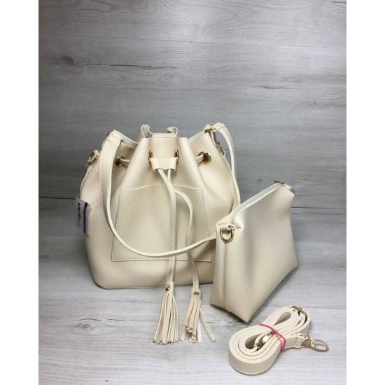 Стильная сумка бежевого цвета с клатчем