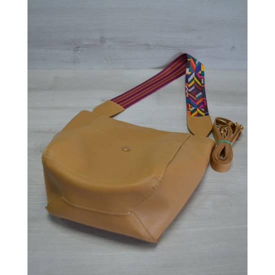 Стильная сумка горчичного цвета с клатчем и ярким ремнем
