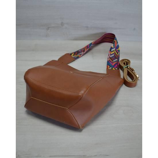 Модная сумочка рыжего цвета с клатчем