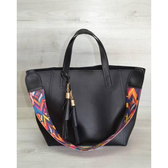 Женская сумка черного цвета с клатчем