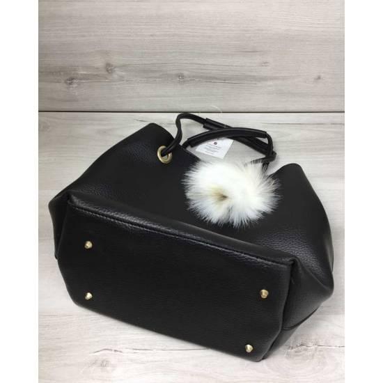 Черная сумочка с  стильной косметичкой